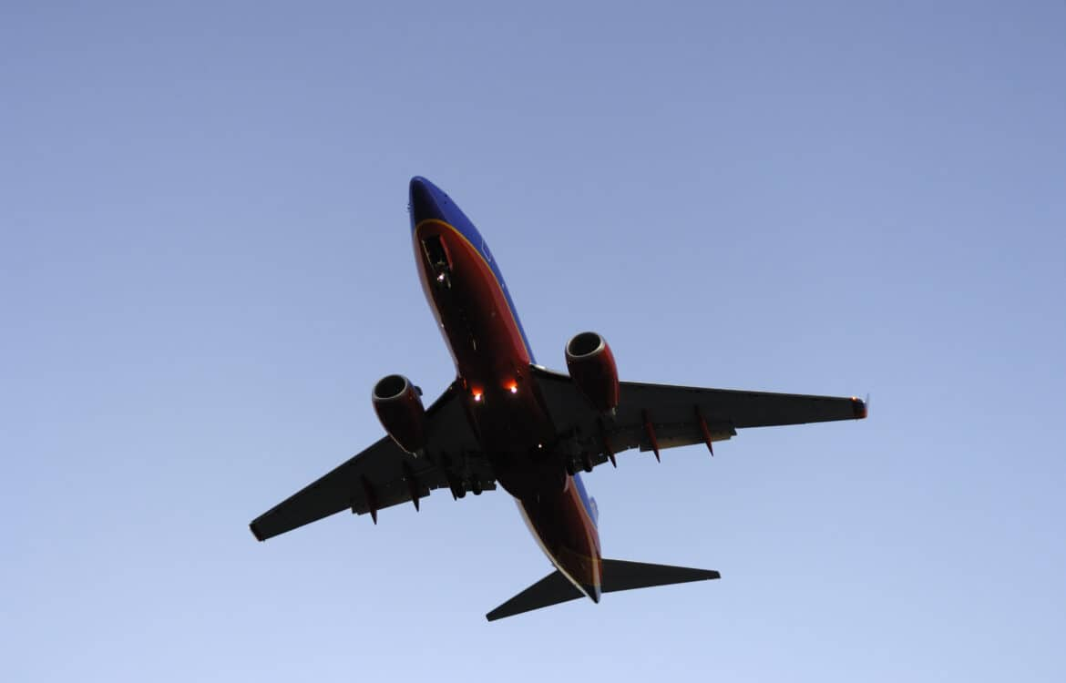 The TravelCenter - Booking 24 hours a day - FAA warns of possible engine shutdowns in safety...
