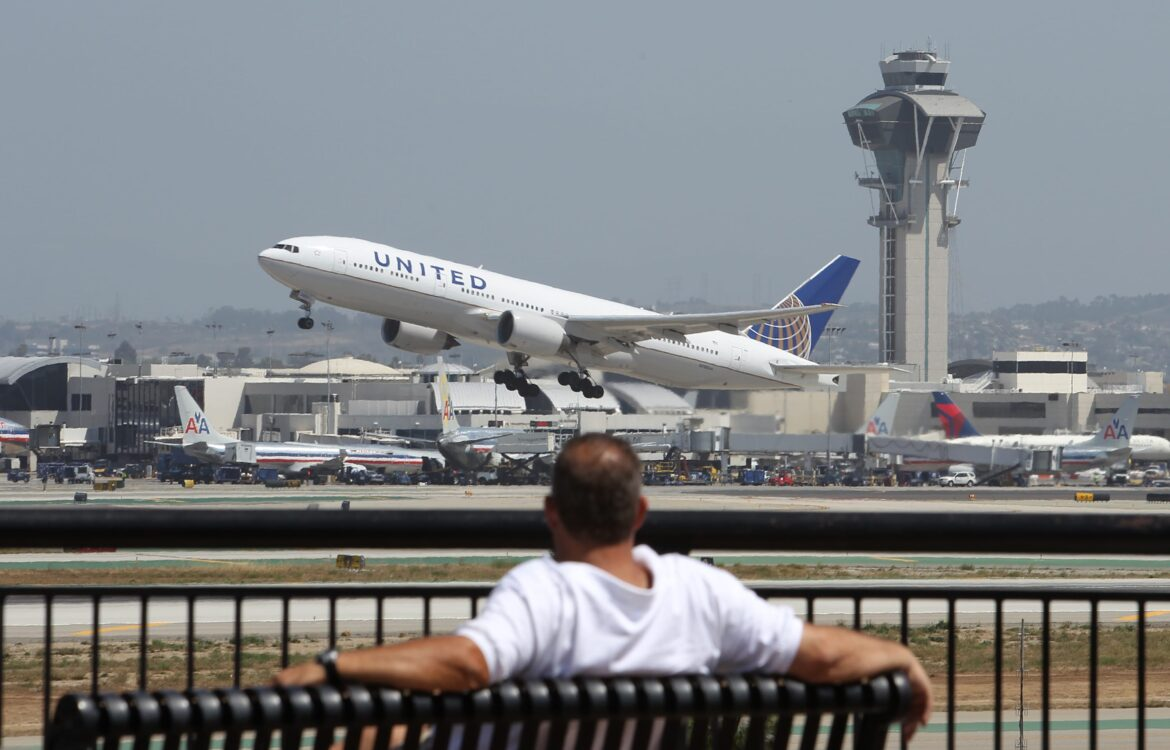 The TravelCenter - Booking 24 hours a day - United adds Google-backed map to help travelers...