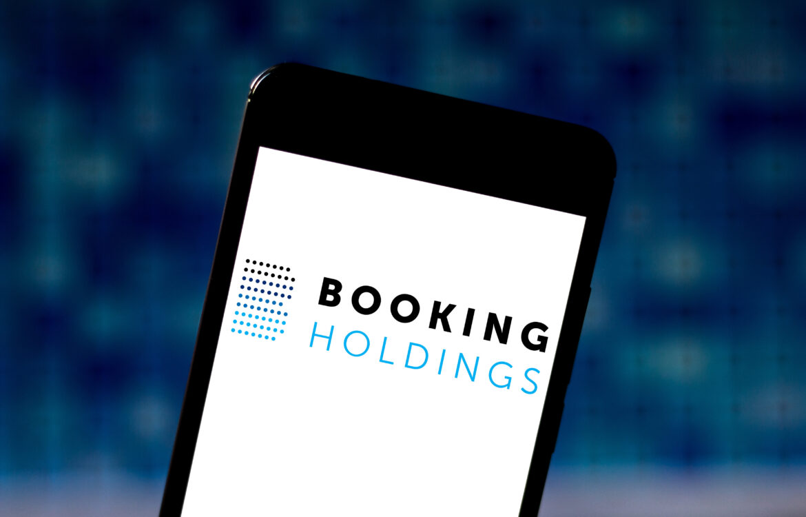 The TravelCenter - Booking 24 hours a day - Booking is stock to short, technical analyst says