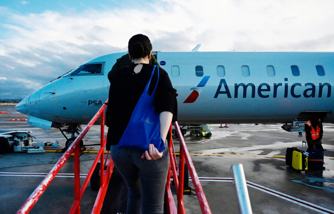 The TravelCenter - Booking 24 hours a day - Airline, travel stocks slip after U.S. recommends...