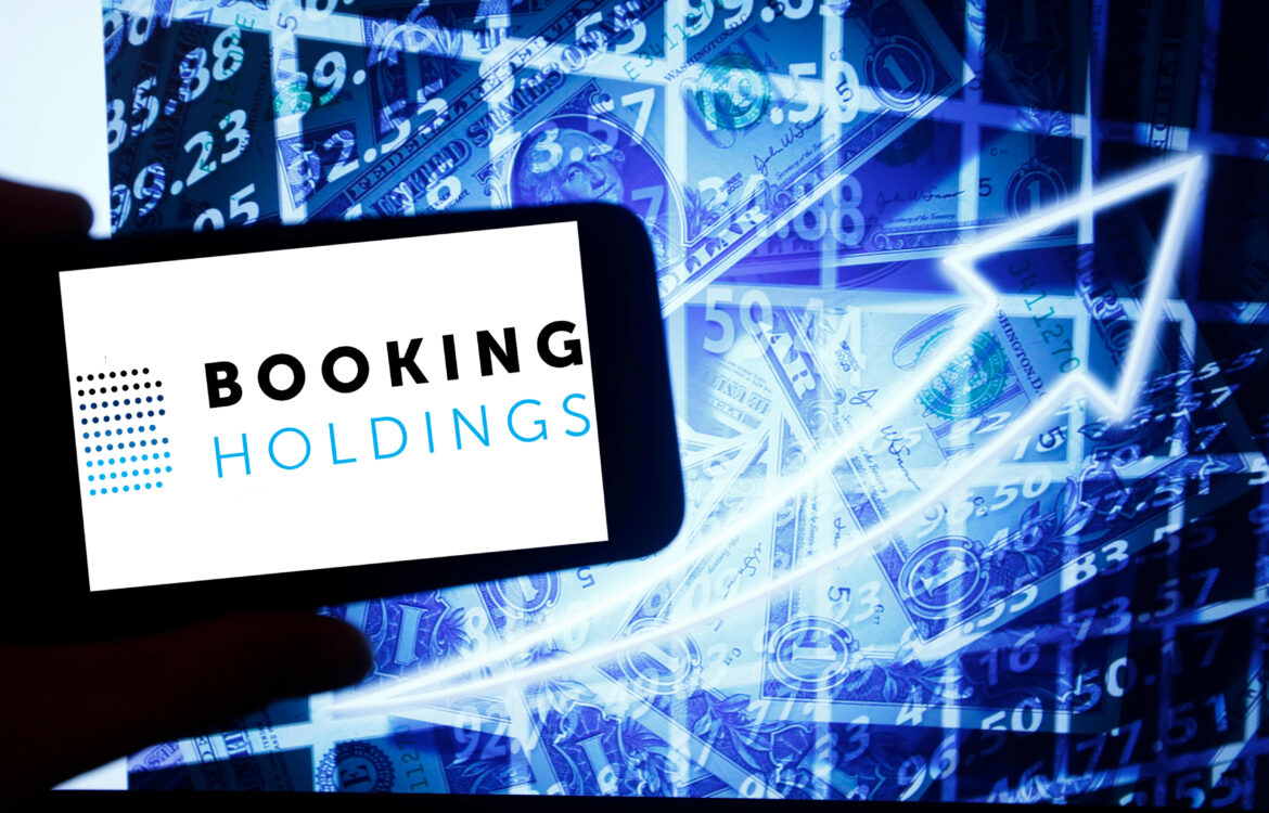 The TravelCenter - Booking 24 hours a day - Lagging 2021 travel stock could soon play catch-up
