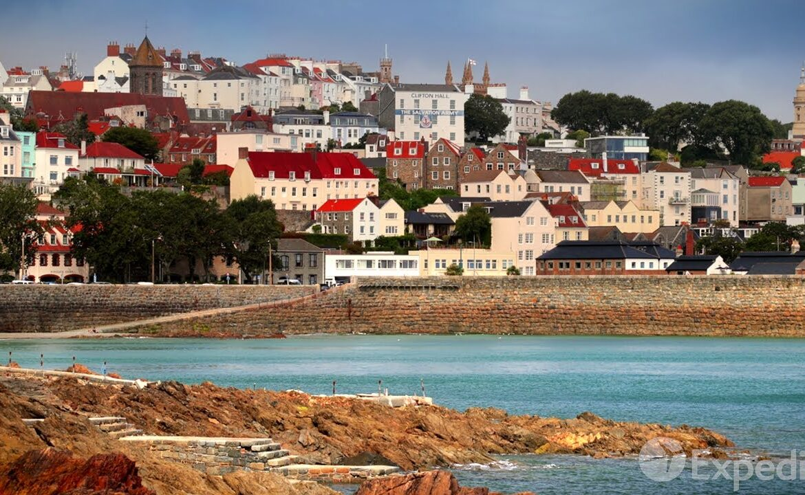 The TravelCenter - Booking 24 hours a day - Guernsey Vacation Travel Guide